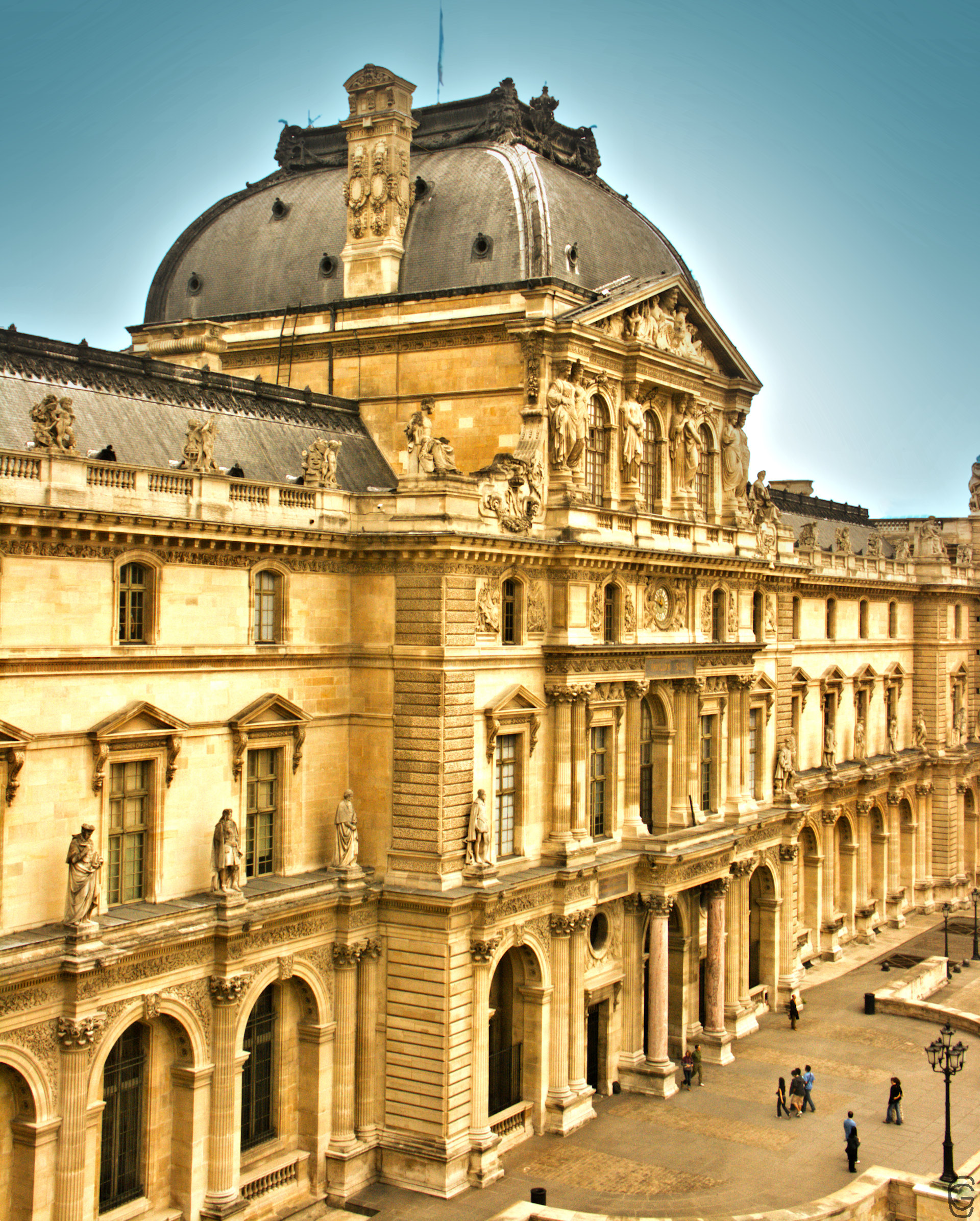 From Louvre inside out - Week of Mar. 26th to Mar. 30th